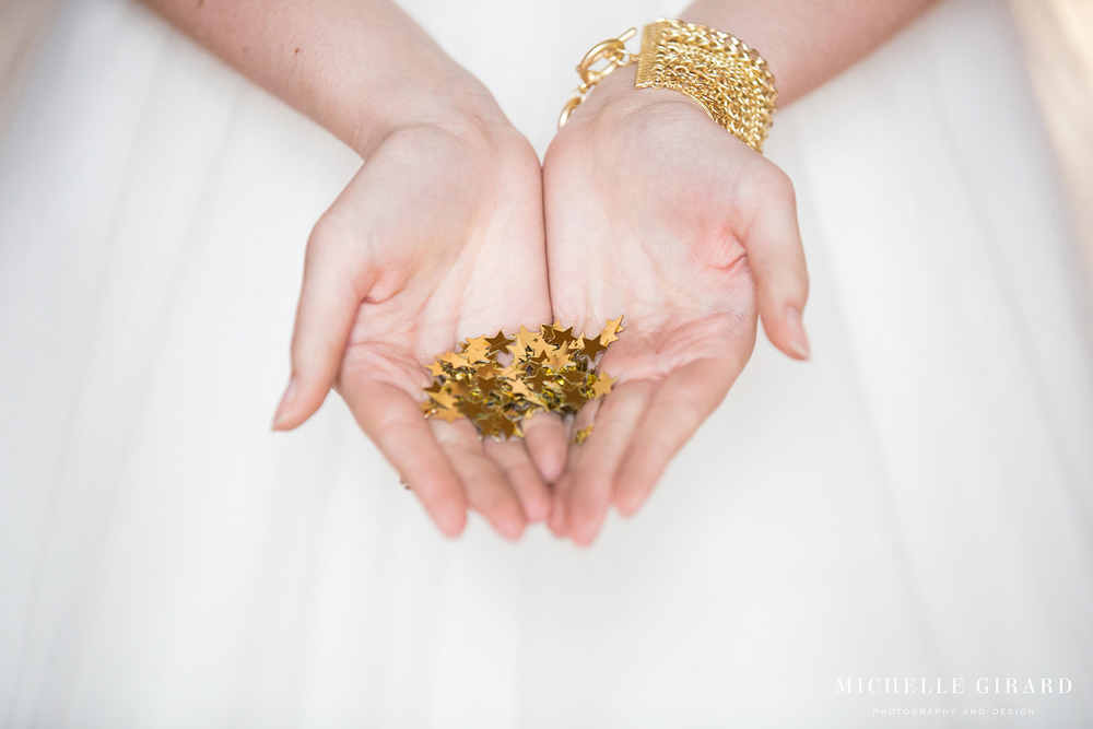 GoldWeddingDetails_TheSharpDrop_MichelleGirardPhotography5.jpg