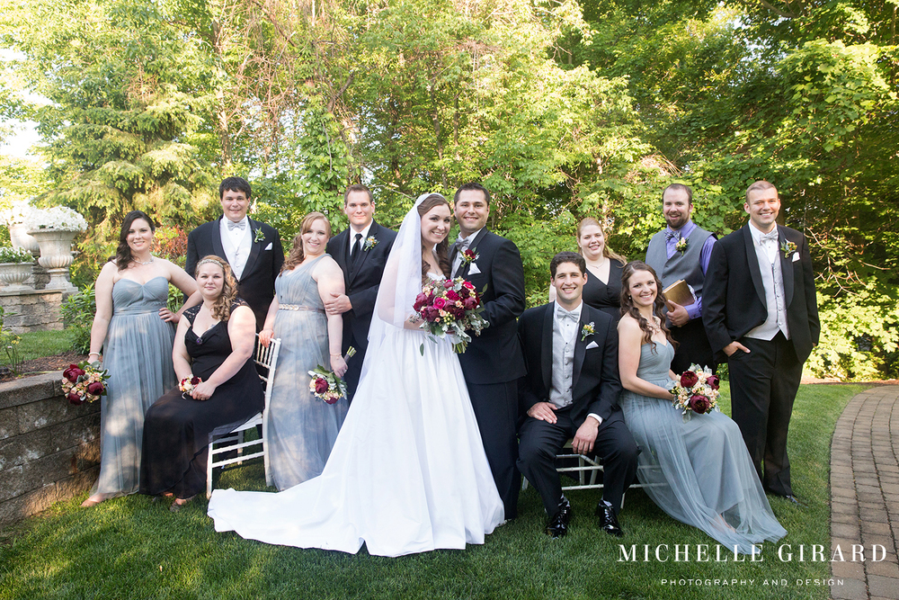 WeddingPartyPortraits_DelaneyHouse_DHotelSuites_HolyokeMA_MichelleGirardPhotography2.jpg