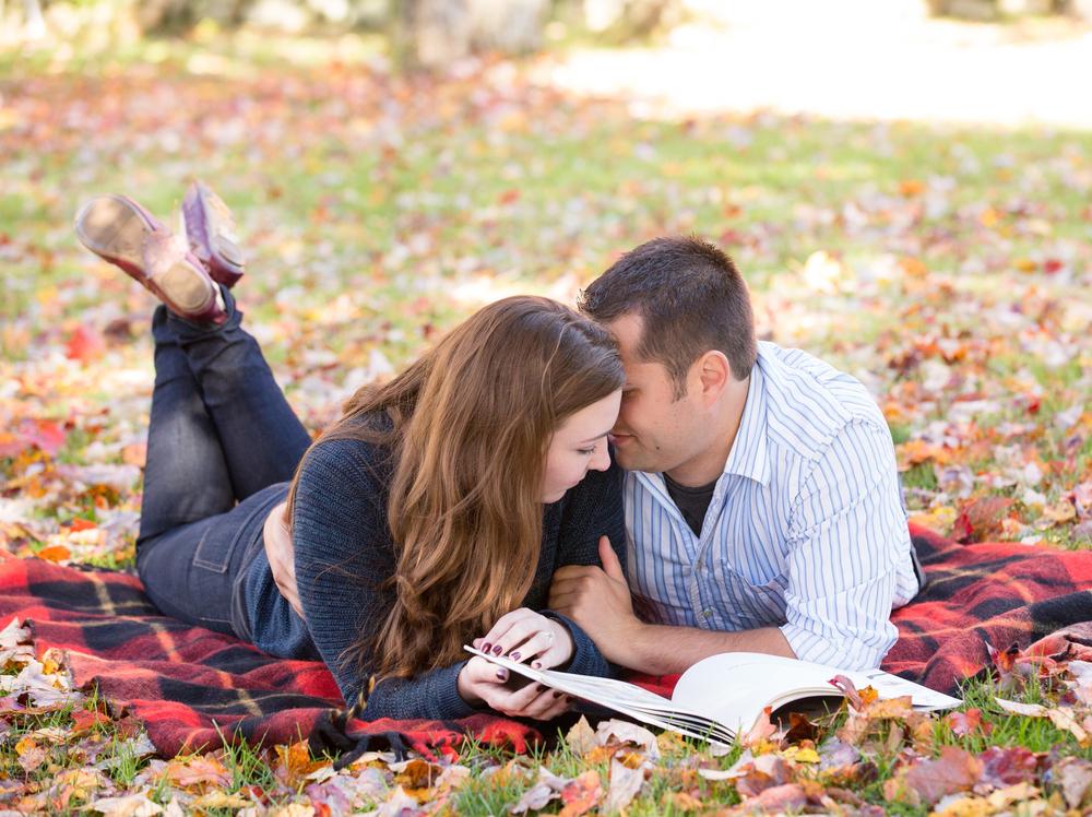 EngagementSession_MichelleGirardPhotography10.jpg