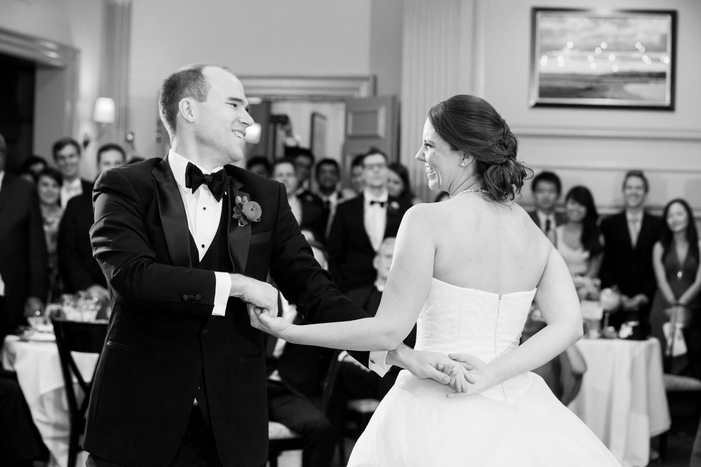 HarvardFacultyClubWedding_BostonMAFallWedding_MichelleGirardPhotography43.jpg