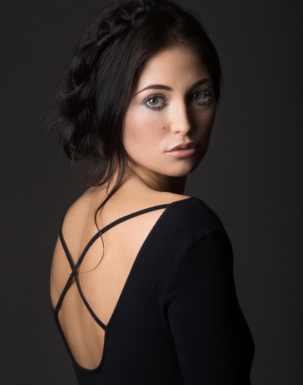 BeautyPhotography_BlackAndWhite_MichelleGirardPhotography07.jpg