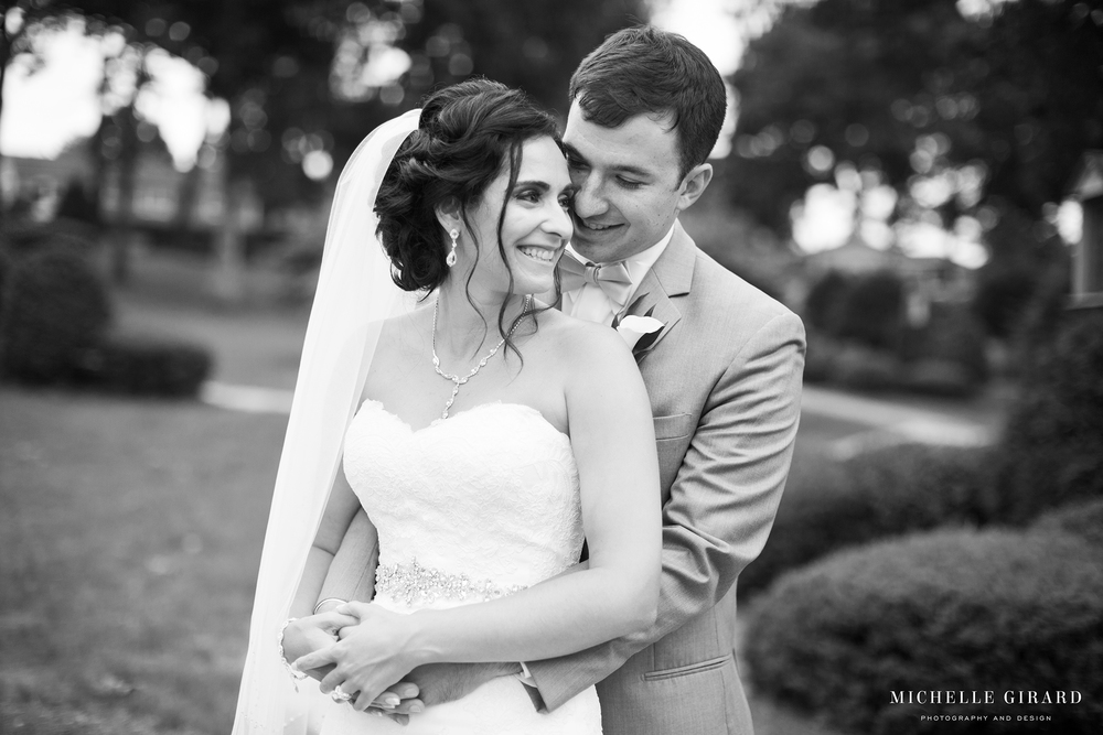TraditionalLudlowMAWedding_MichelleGirardPhotography07.jpg
