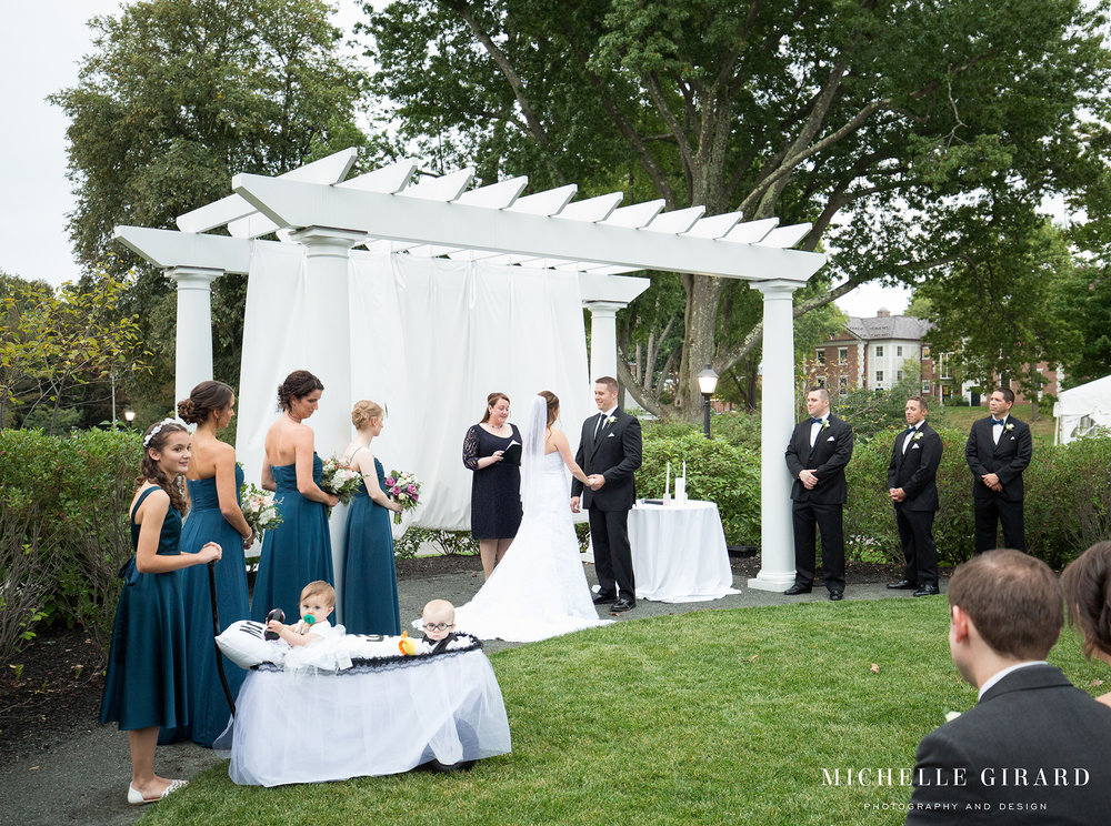 LordJefferyInn_FallAmherstWedding_MichelleGirardPhotography04.jpg
