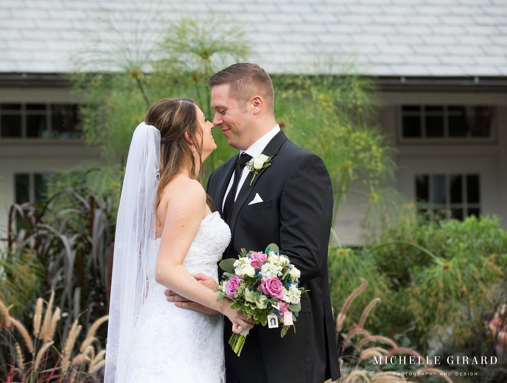 LordJefferyInn_FallAmherstWedding_MichelleGirardPhotography09.jpg