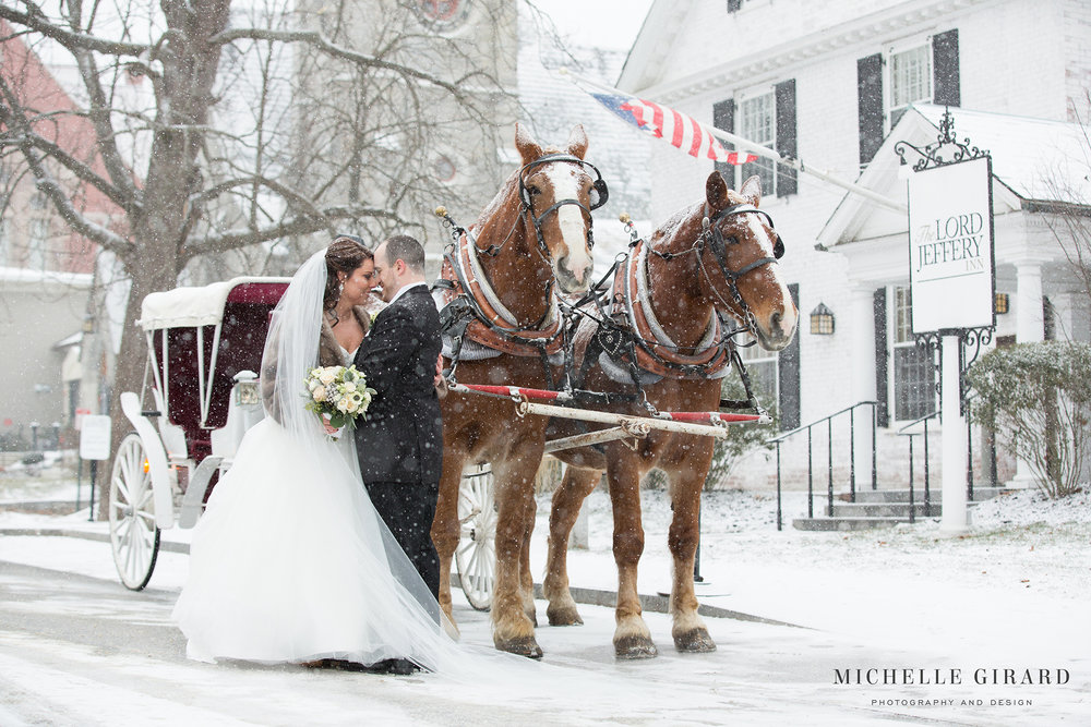 WinterWedding_LordJefferyInn_AmherstMA_MichelleGirardPhotography01.jpg