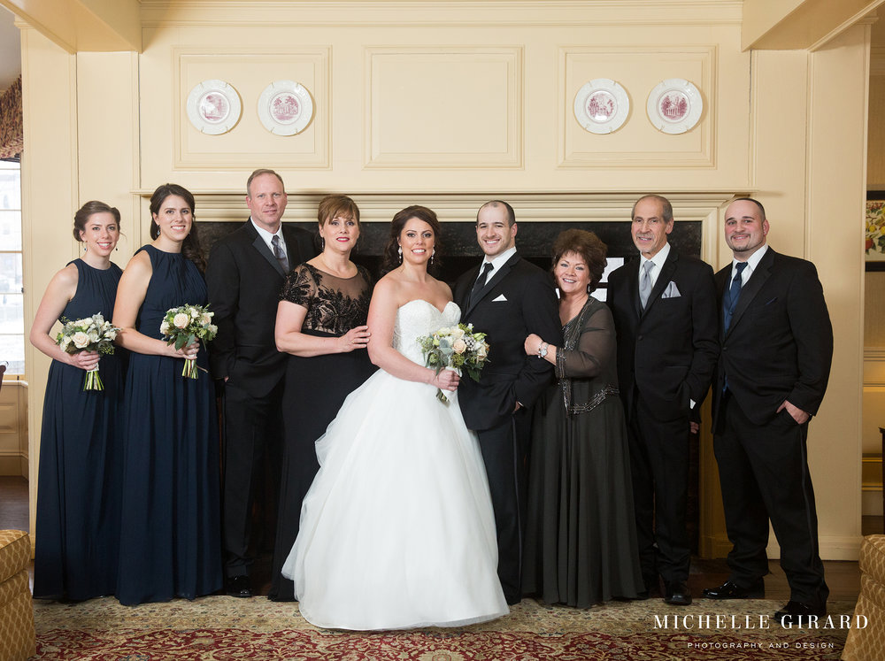 WinterWedding_LordJefferyInn_AmherstMA_MichelleGirardPhotography06.jpg