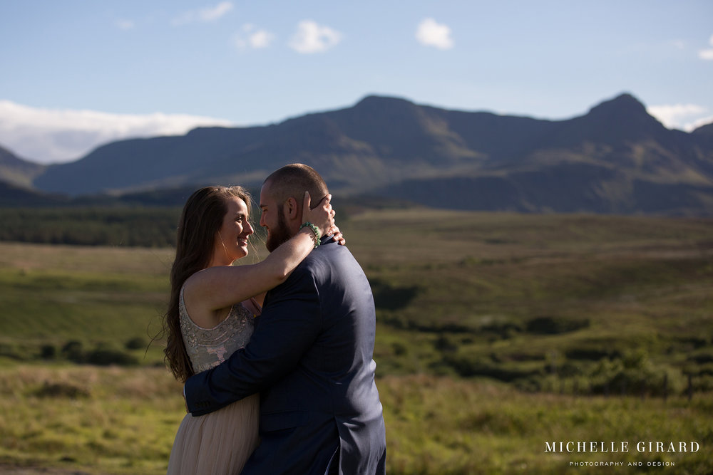 IsleOfSkyeWedding_Scotland_SkeabostHotel_MichelleGirardPhotography3.jpg