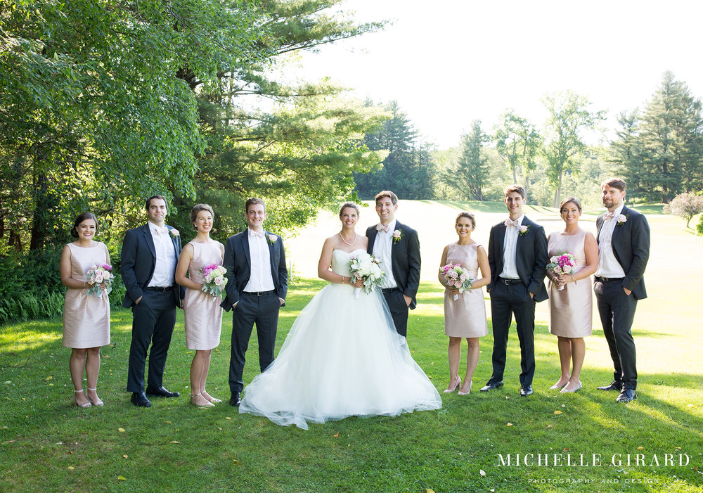 131A2108NorfolkCountryClubWedding_ConnecticutChapelCeremony_MichelleGirardPhotography.jpg