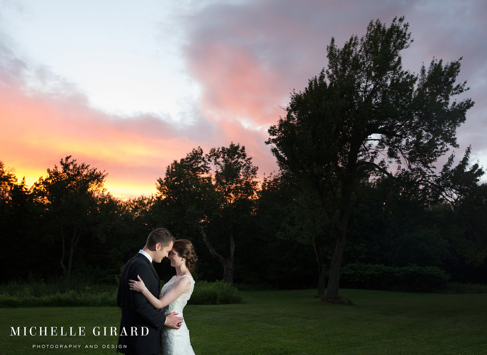BerkshiresDestinationWedding_NewEnglandHome_MichelleGirardPhotography9.jpg