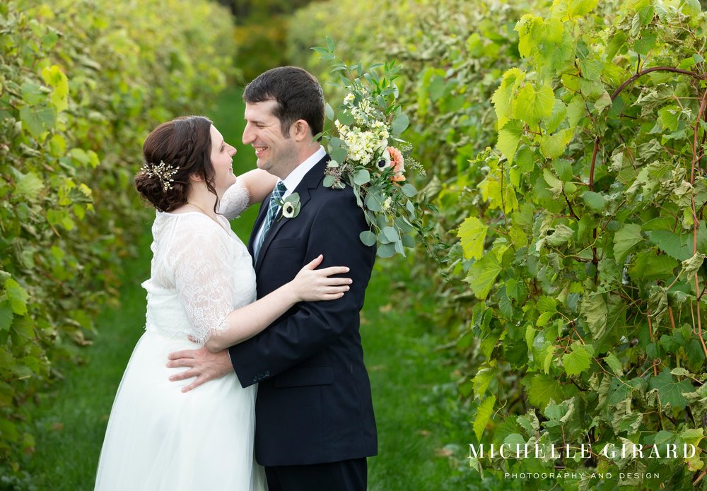 OweraVineyards_WineryWedding_CazenoviaNY_MichelleGirardPhotography011.jpg