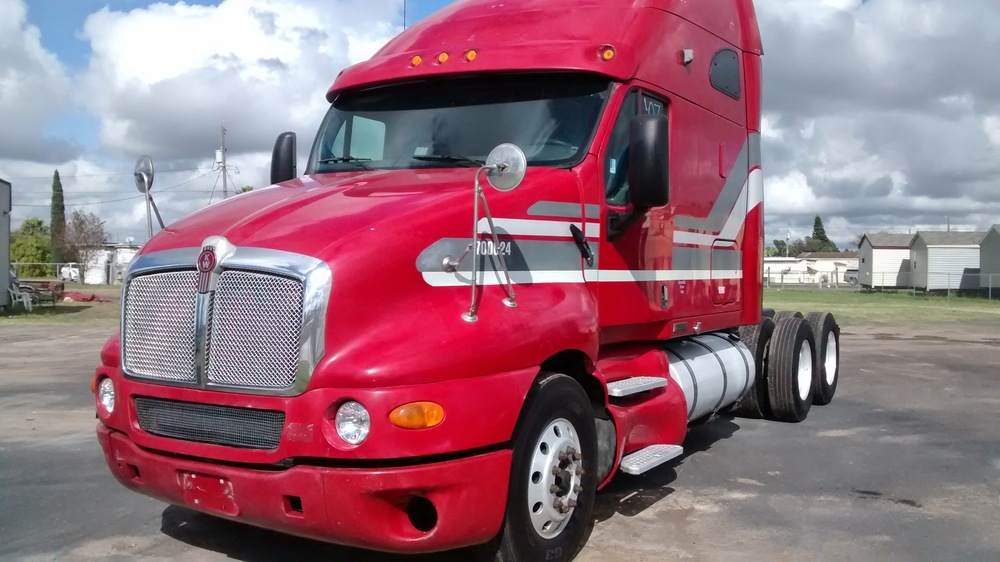 2007 Kenworth T2000 CAT C15