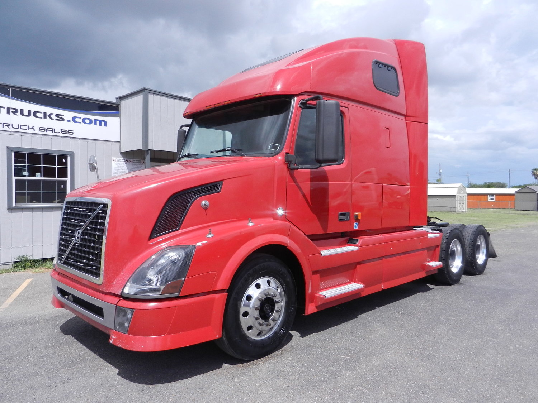 used axle sleeper tandem truck sale trucks volvo for