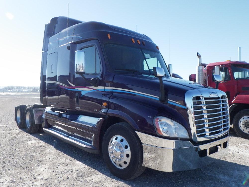 Freightliner trucks2.jpg