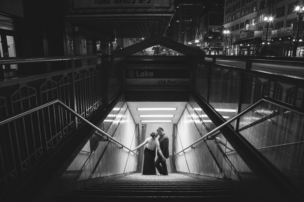 chicago-downTown-couple-city-engagement