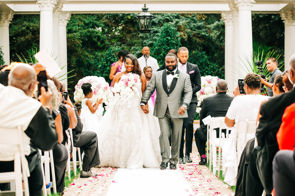I had the opportunity to work with Monica and David at the Patrick Haley Mansion where the ceremony and reception took place. what a beautiful place.