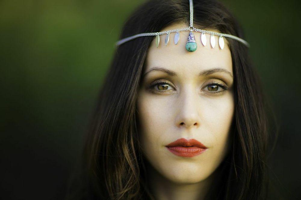 Amanda Crew - Silicon Valley (HBO) for Ladygunn Magazine