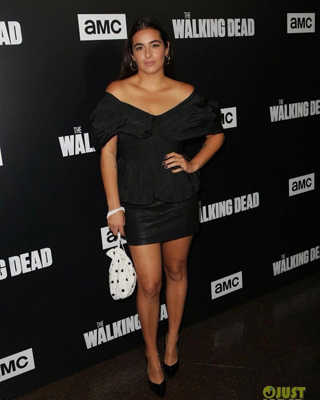 @alannamasterson at #thewalkingdead premier ♥️♥️♥️ #hair by @samiknighthair  #styled by @ecduzit  #makeup by me  @amcthewalkingdead
