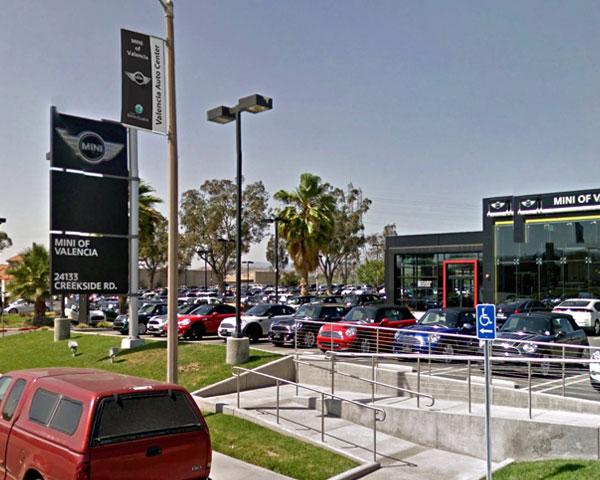 Auto-Dealers-Inside7.jpg