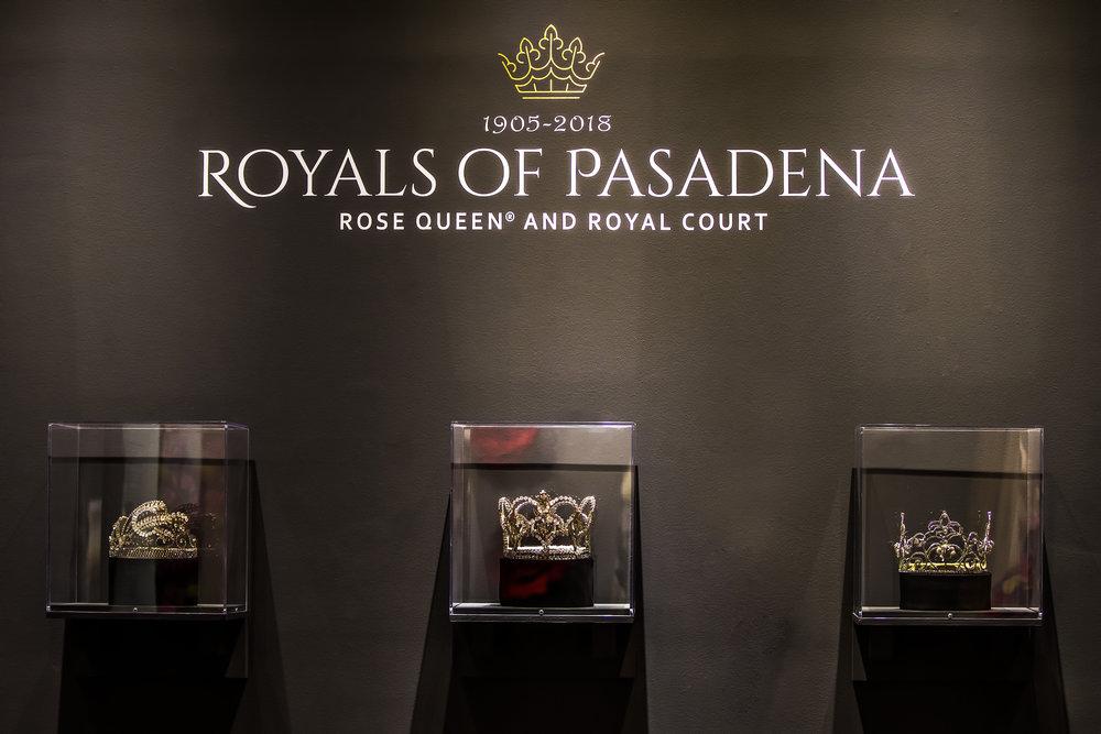royals 3 crowns ret.jpg