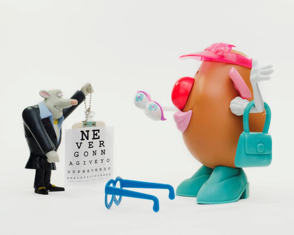 Toys365_2013-01-18_Eye_Doctor_Appt_-3-Edit.jpg