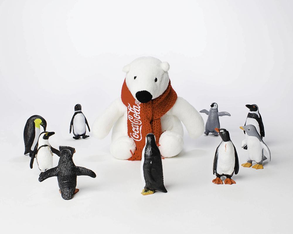 Toys_365_2013-02-24_polar_bear_penguin_tempration_-1-Edit.jpg