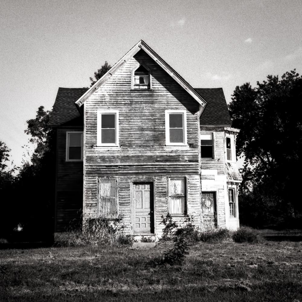 cumberland_county_nj_house_2013-09-21_Holga120GN_001.jpg