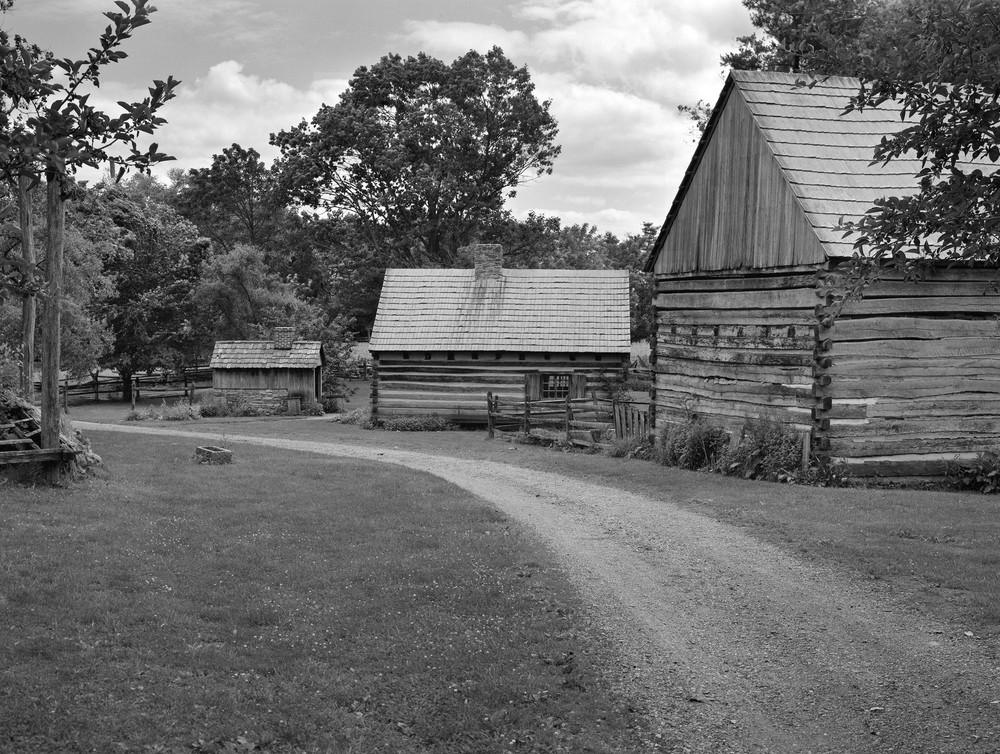 4x5_for_365_project_0185_Landis_Valley_farm_dirt_road.png