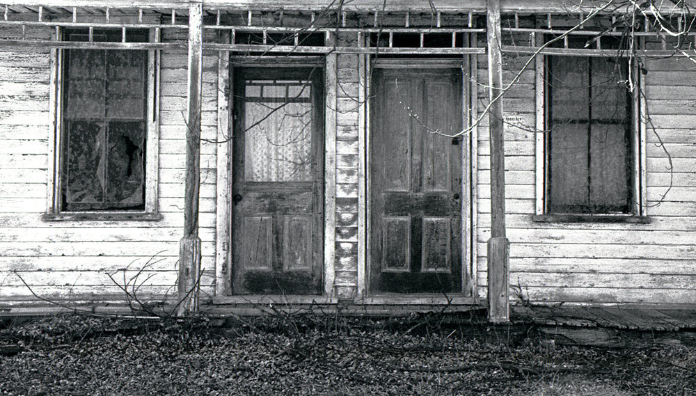 PA_Adams_County_Ortanna_Pleasant_Valley_Road_2017-02-20_Nikon_F4S_Kodak_Trix_at_800_35-105mm_house_006.jpg