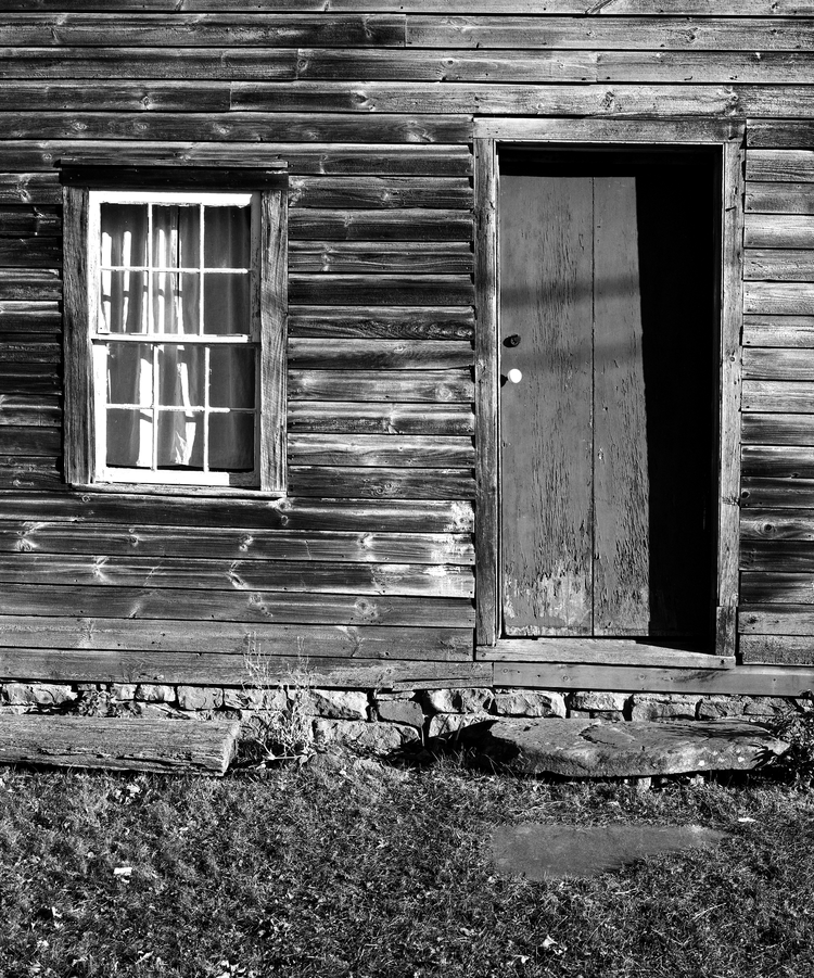 4x5_for_365_project_0302_Millbrook_Village_wooden_house_front.png