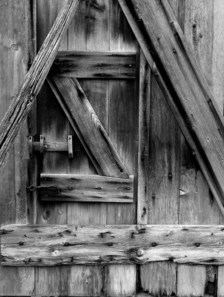 4x5_for_365_project_0350_Hopewell_Furnace_barn_door_detail.png