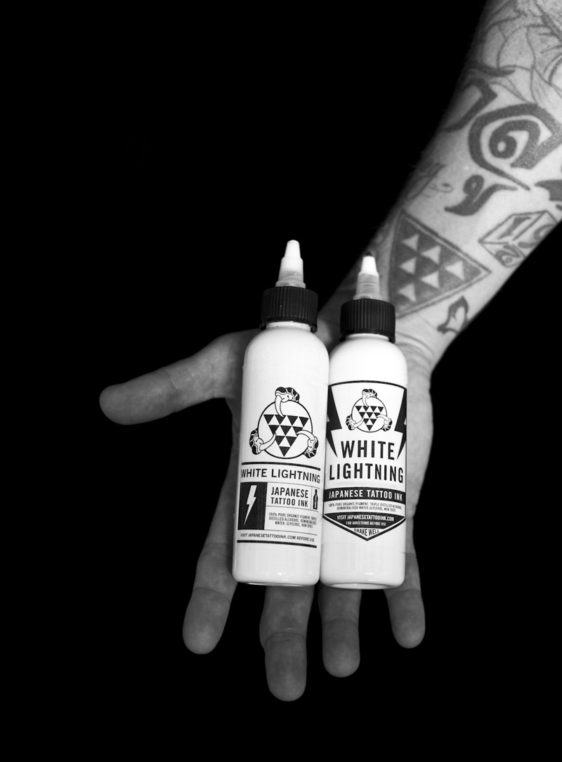 03_white_lightning_tattoo_ink.jpg