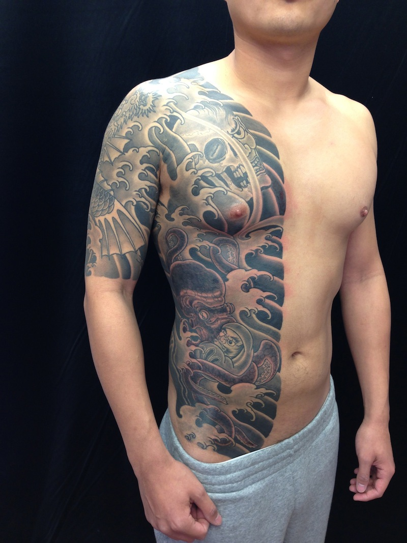 Octopus tattoo Body suit Japanese Tattooing Sydney Rhys Gordon.jpg