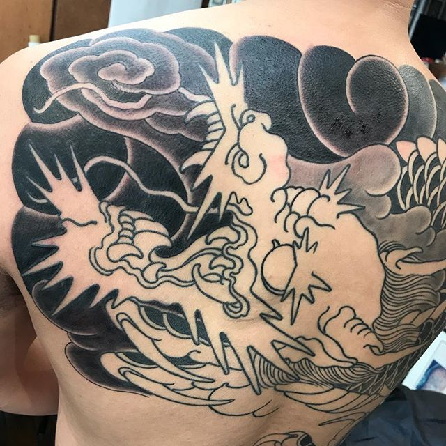 Will finish this one in 2019. A year with a lot of bigger projects coming into completion @_littletokyo_  #tattoo #sydney #sydneytattoo #sydneytattooartist #australia #sydneytattoos #japanesetattoos #japanesetattooing #bondi #surryhillstattoo#bonditattoo #horimono #wabori #irezumi #tradition #japanesecollective #ptaa #tattoodo #tattooartistmagazine #bestirezumi #traditionaljapanese #littletokyo #surrywood #realtattooing