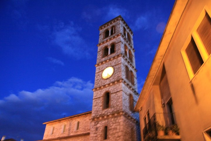 Time as seen on the church bell tower in Saturnia.  Credits to Smilin' Vic