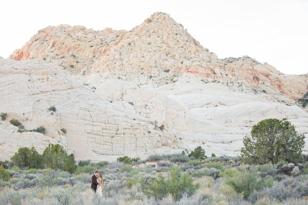 DesertStyledShootTylerRye (168 of 194).jpg