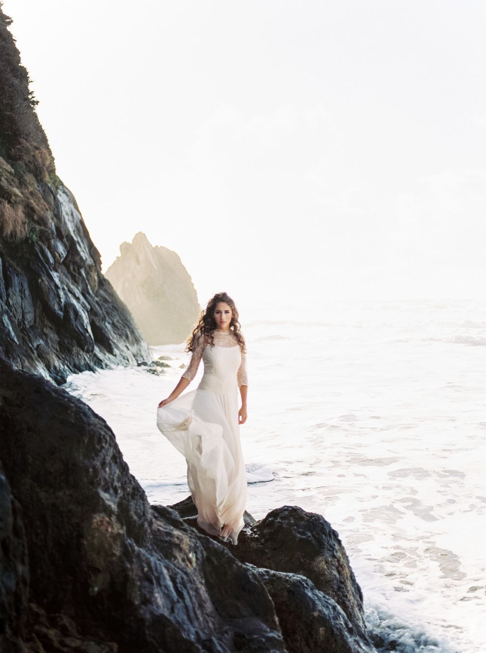OregonCoastBridalsfilm (12 of 18).jpg