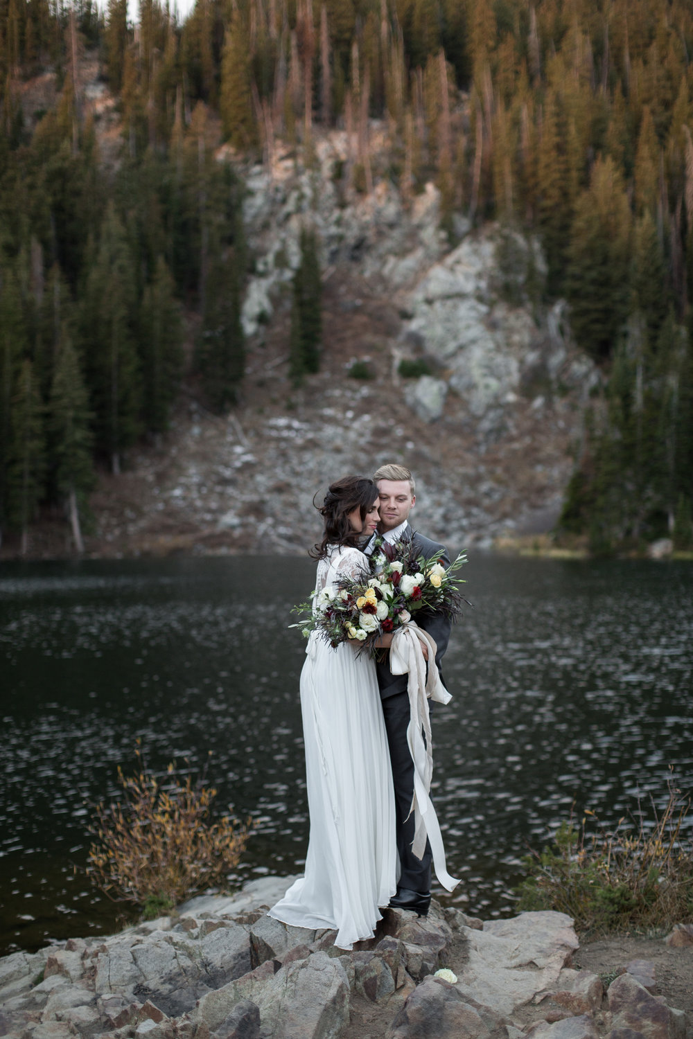 UtahValleyBrideShootTR2016 (13 of 110).jpg