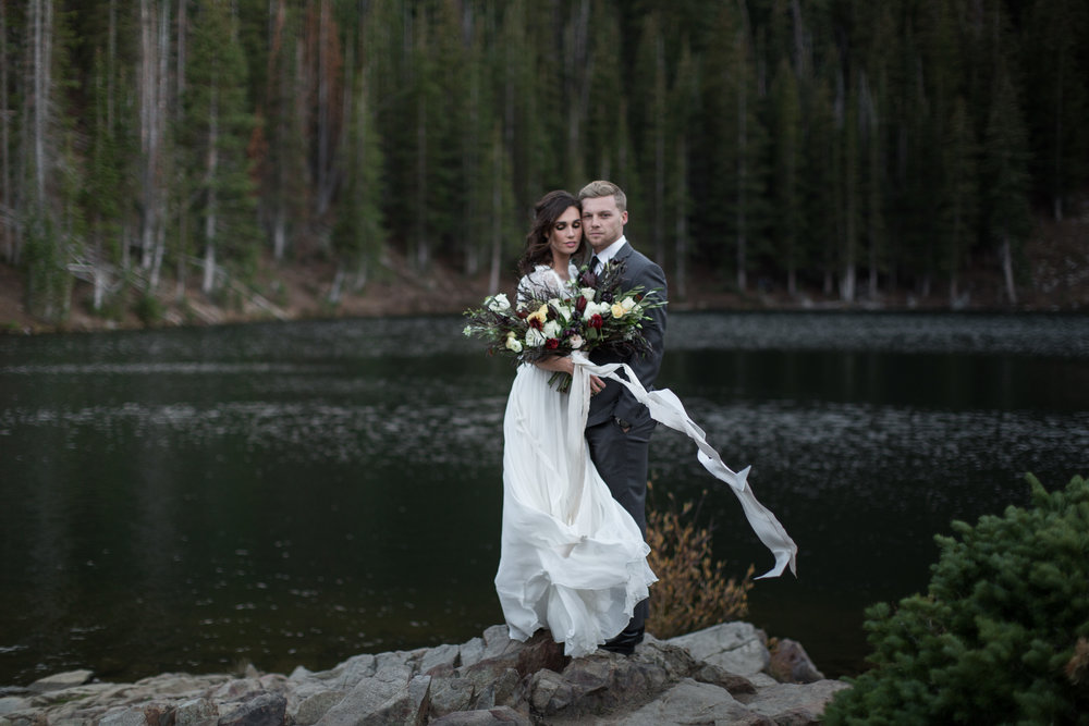 UtahValleyBrideShootTR2016 (16 of 110).jpg