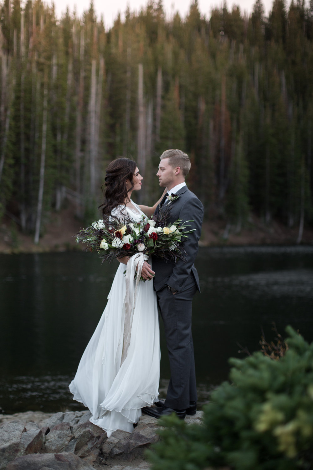 UtahValleyBrideShootTR2016 (18 of 110).jpg