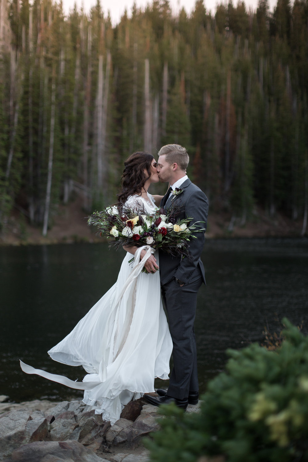 UtahValleyBrideShootTR2016 (20 of 110).jpg
