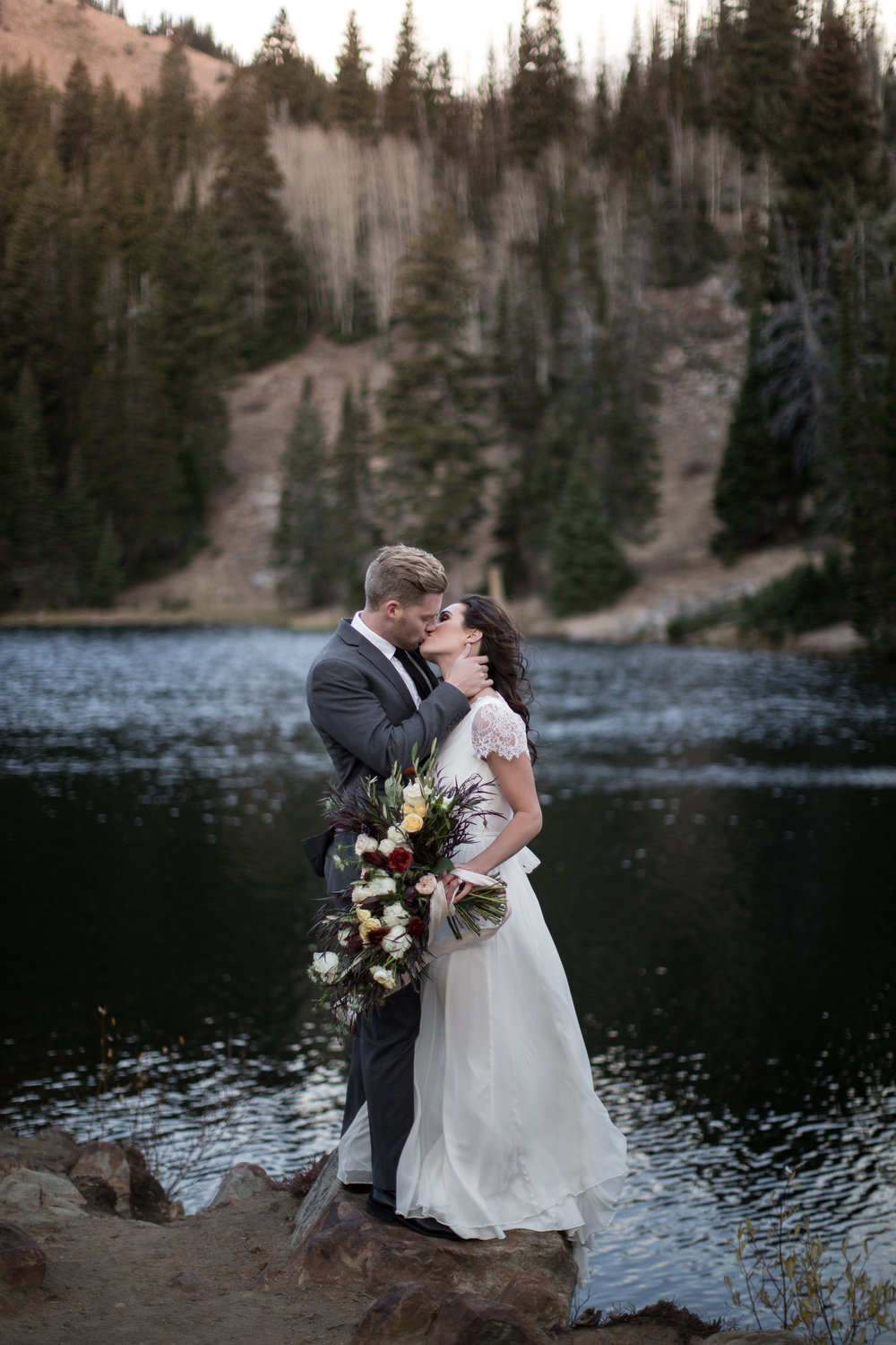 UtahValleyBrideShootTR2016 (37 of 110).jpg
