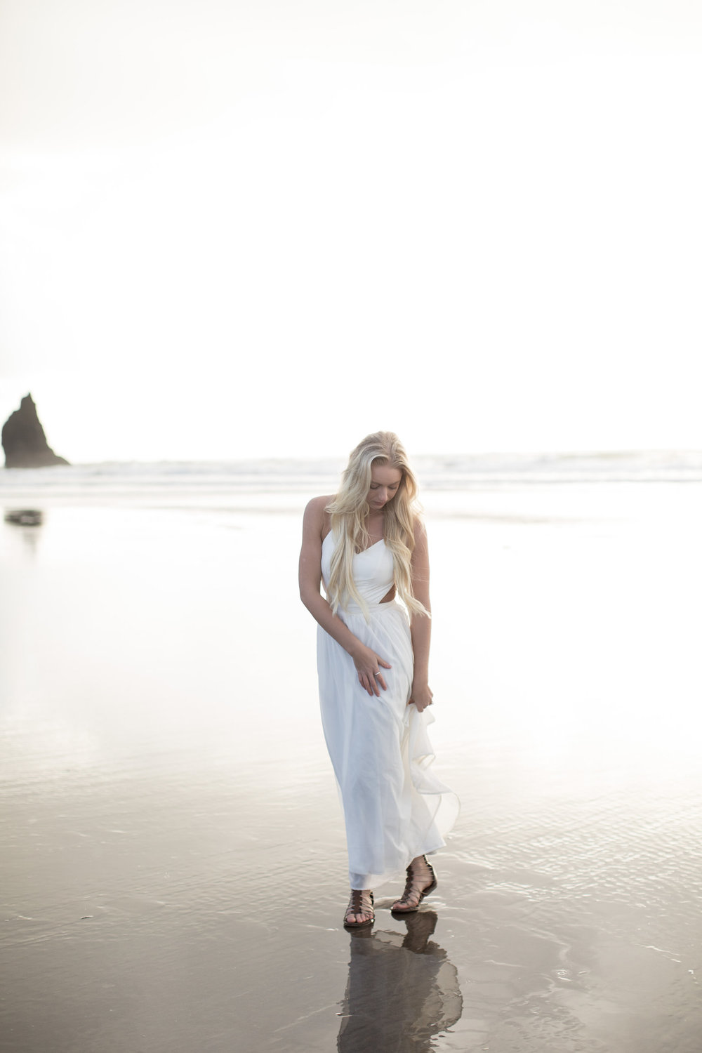 CANNONBEACHENGAGEMENTS (24 of 58).jpg