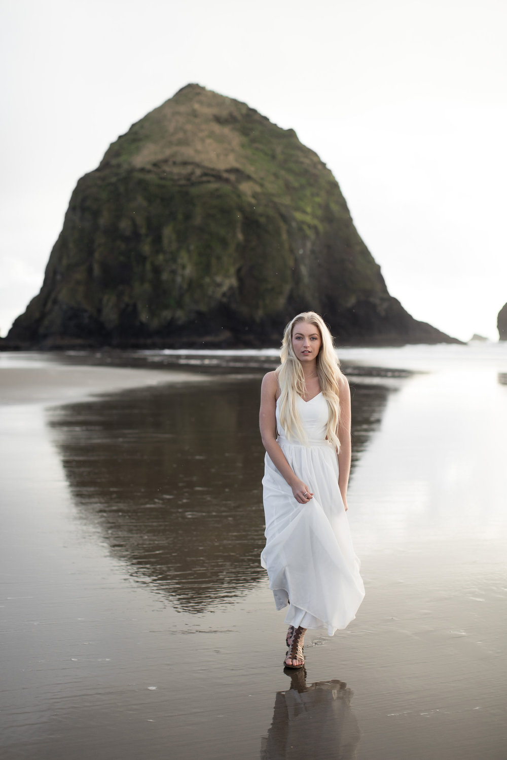 CANNONBEACHENGAGEMENTS (26 of 58).jpg