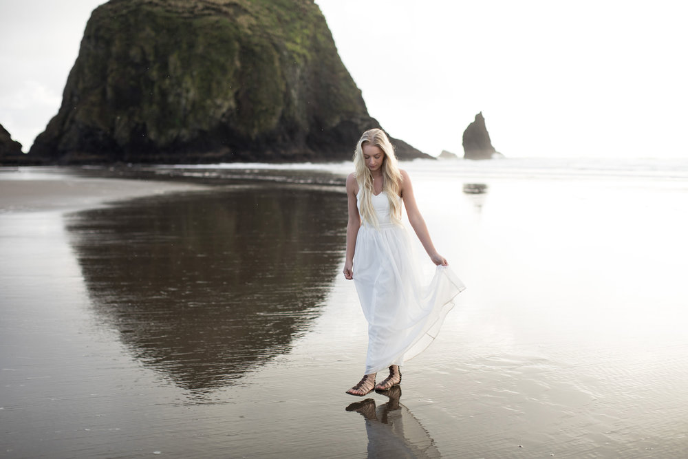 CANNONBEACHENGAGEMENTS (25 of 58).jpg