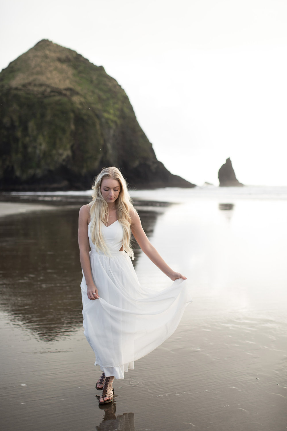 CANNONBEACHENGAGEMENTS (27 of 58).jpg