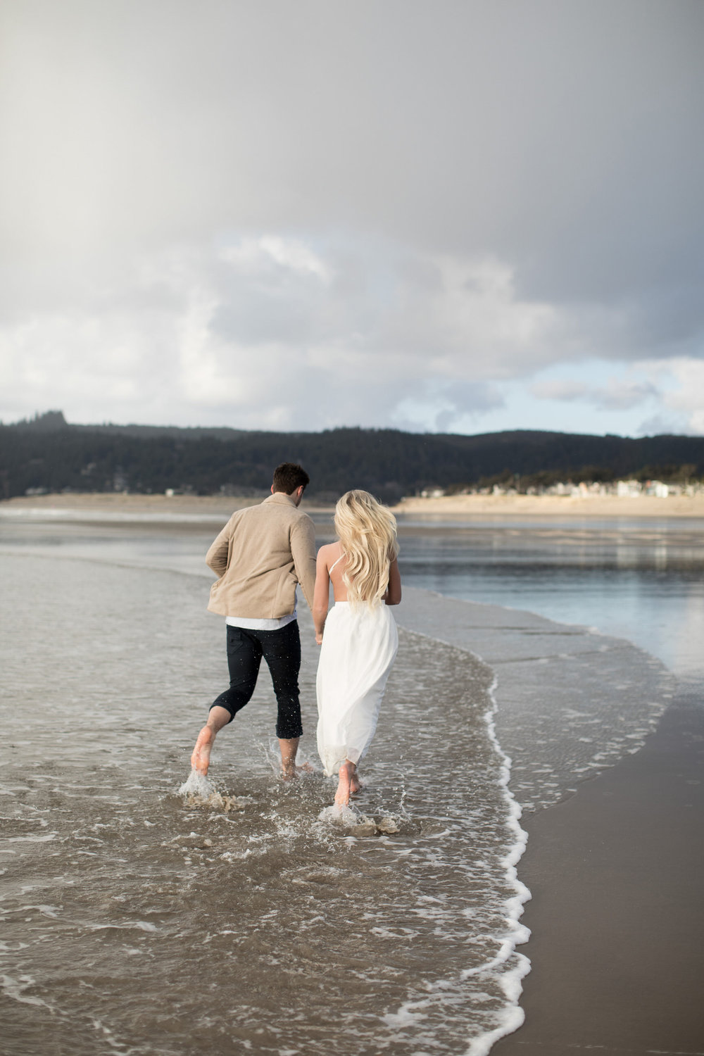 CANNONBEACHENGAGEMENTS (30 of 58).jpg