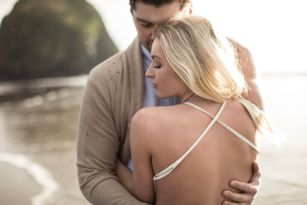 CANNONBEACHENGAGEMENTS (35 of 58).jpg