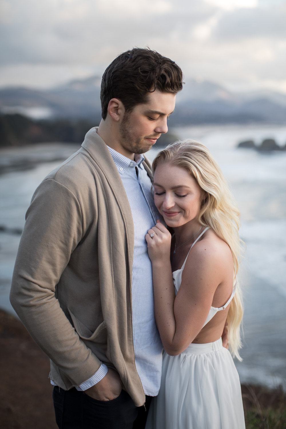 CANNONBEACHENGAGEMENTS (45 of 58).jpg