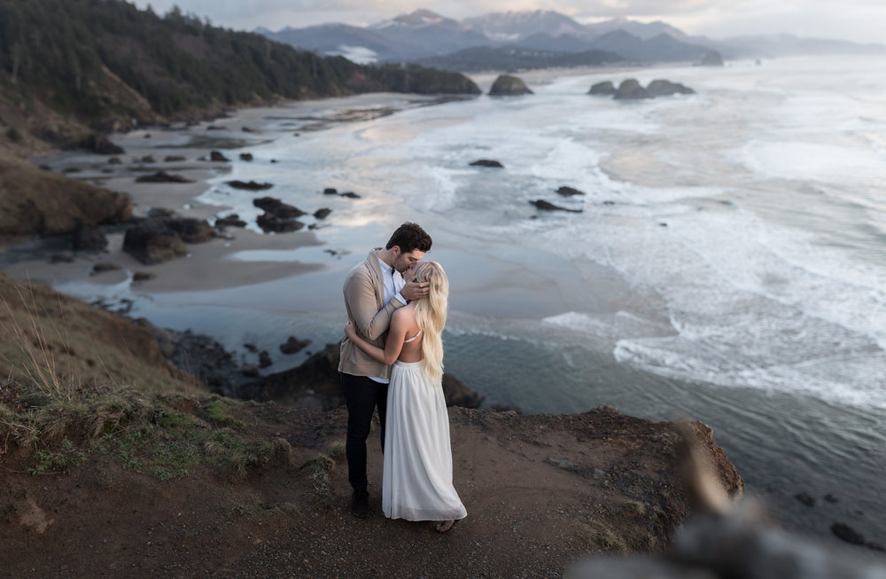 CANNONBEACHENGAGEMENTS (50 of 58).jpg