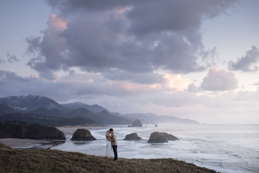 CANNONBEACHENGAGEMENTS (58 of 58).jpg